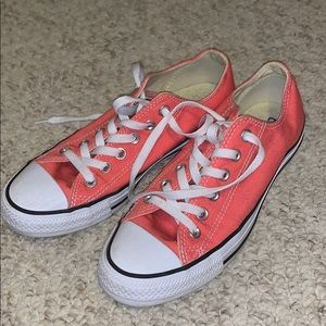 Coral Colored BARELY WORN low top converse